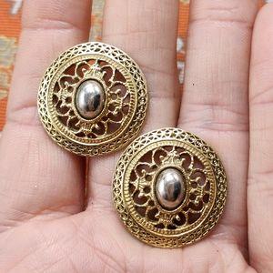🌈 Vintage gold filagree round disc silver